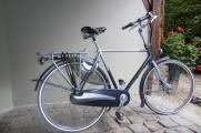 Très beau vélo Hollandais homme marque GAZELLE