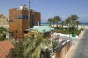 Maison individuelle de luxe en bord de mer Méditerranée